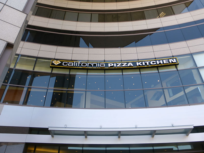California Pizza Kitchen (CPK)